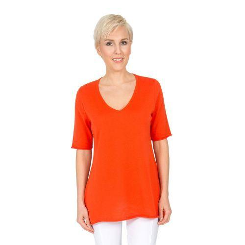 Abbildung: Pullover A-Form, tiefer V-Ausschnitt