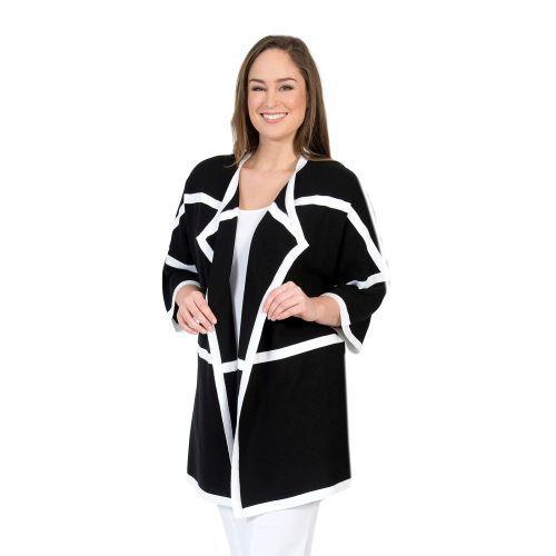 Abbildung: Oversize-Jacke mit Querstreifen